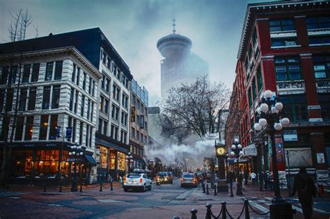 Vancouver Gastown Steam Clock in the Foggy Winter