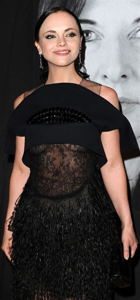 Christina Ricci Debuts Under Cleavage (PHOTOS)   HuffPost